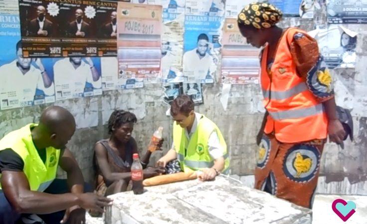 Les Sœurs Hospitalières de Douala au service des démunis de la rue