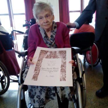 Une résidente centenaire à la Maison Sainte Germaine